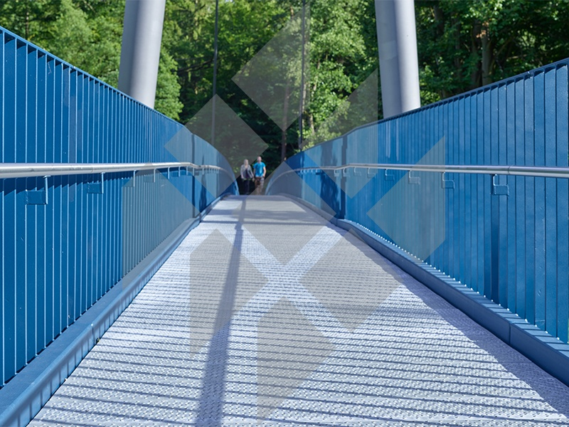Pedestrian bridge, Wolkenburg